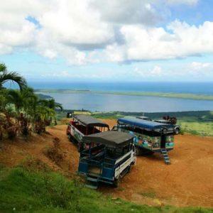 Outback-Adventure-explores-Motana-Redonda-trucks