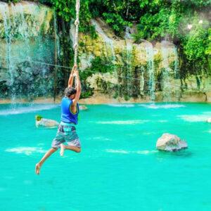 scape-park-saltos-azules