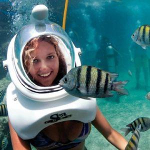 seaquarium-swimming-with-fish